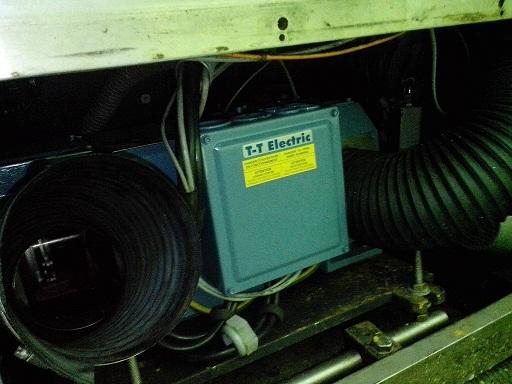 Замена электродвигателя постоянного тока Baumuller на T-T Electric на куттере K+G Wetter