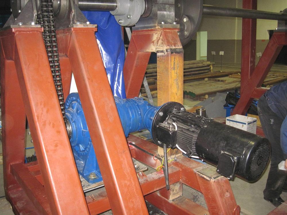 Приемное устройство (редукторы Brevini, электродвигатели Leroy-Somer)